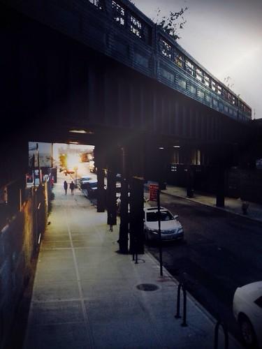 Down Below the Highline#nyc #highline #iamakittehcouch #sidewalkstories