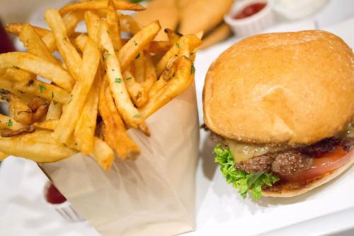 burgerlounge21