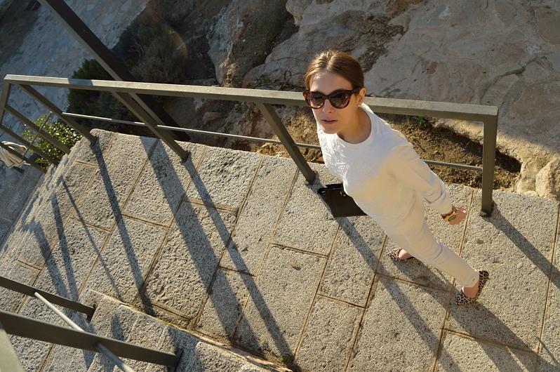 lara-vazquez-madlula-blog-chic-style-streetstyle-white-outfit