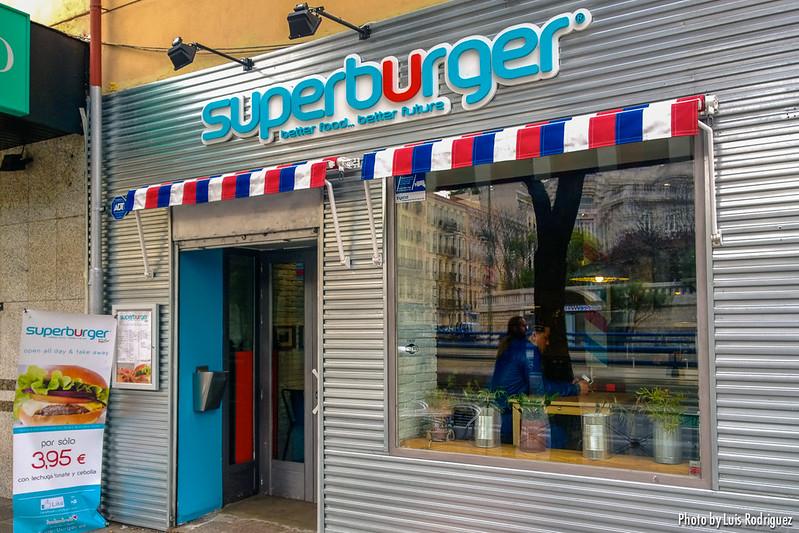 Superburger-12