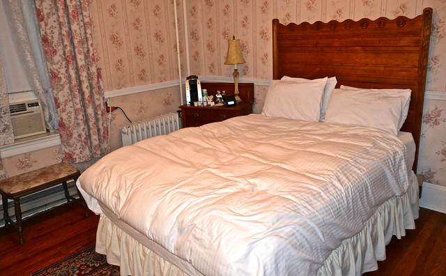victorian style - general sutter inn