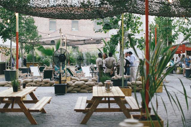 El Cuartel mesas