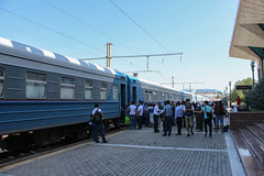 """Train """"Sharq"""" Buxoro-Toshkent at Samarqand railway station"""