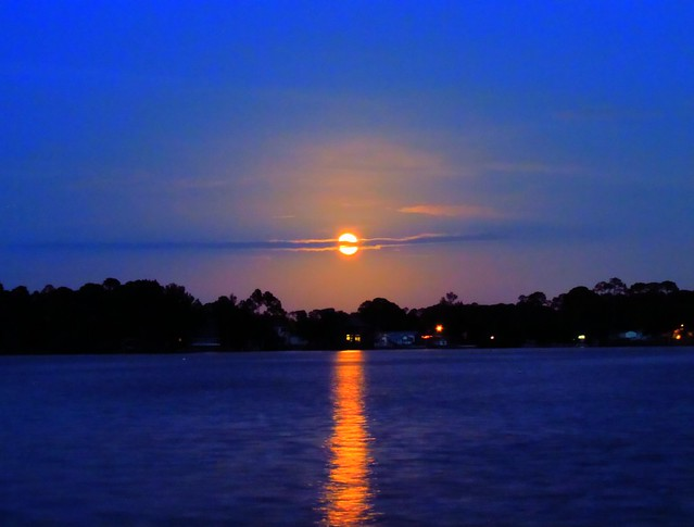 Moon Over Lagoon
