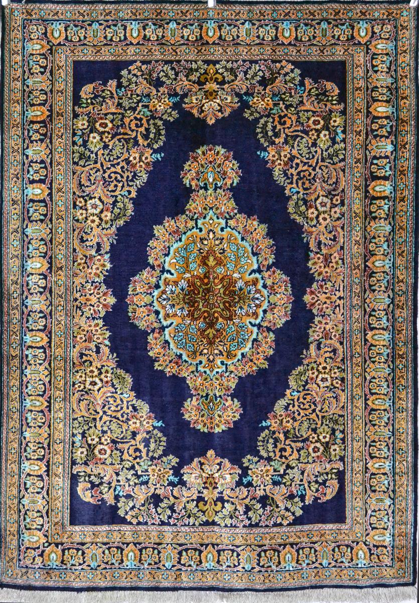 Qum Persian Carpet Silk Persian Rug Item 2025