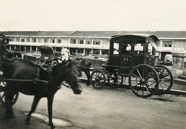 Vietnam vers 1930 - Voiture Malabar à Binh-Tay