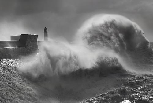 uk sea lighthouse storm wales canon eos harbor surf harbour britain cymru cardiff wave seawall explore caerdydd 5d porthcawl bristolchannel giantwave explored wentloog stevegarrington