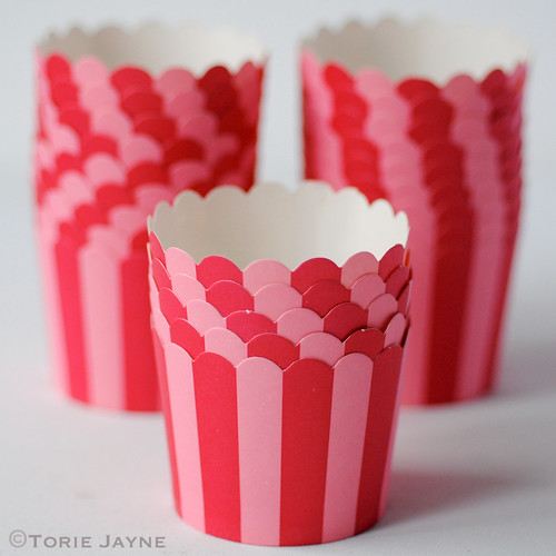 Pink & red stripe baking cups