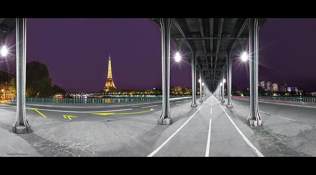 Bir-Hakeim Bridge - Paris.