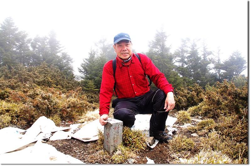 盧利拉駱山山頂(Elev. 3175 m) 2