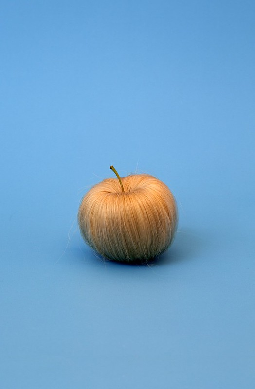 Sarah Illenberger, Hairy Apple