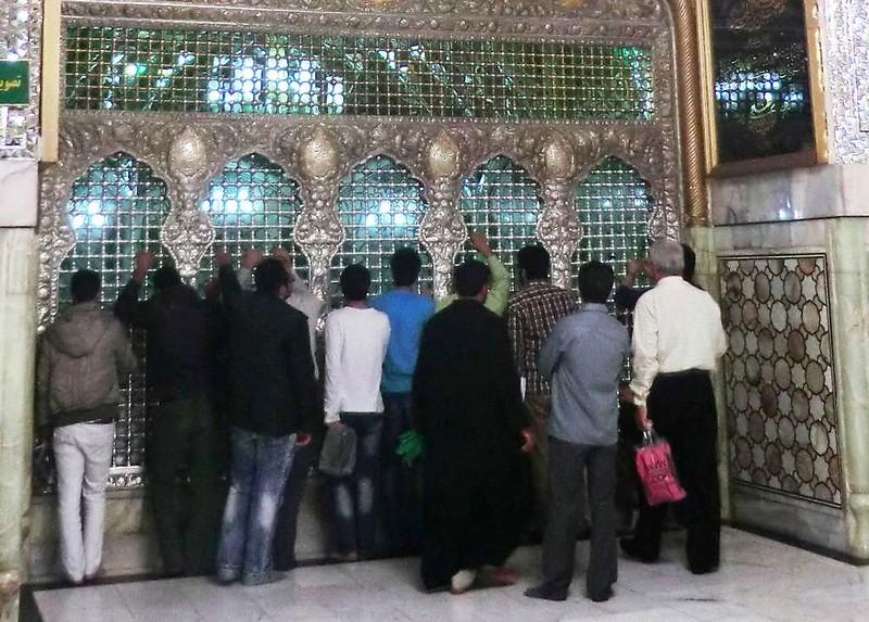 163 Interior de la mezquita de Iman Reza en Masshad. Foto de Majid Kharinkani (23)
