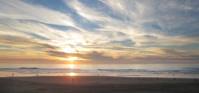 Ocean Beach at sunset; San Francisco (2014)