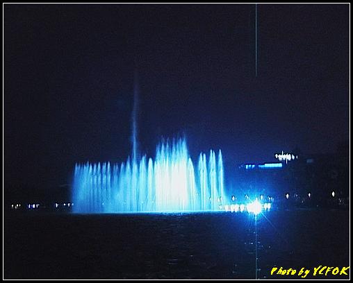 杭州 西湖 (其他景點) - 330 (在西湖十景之 柳浪聞鶯 (近古湧金門) 看西湖湖濱路及西湖畔夜景 音樂噴泉)