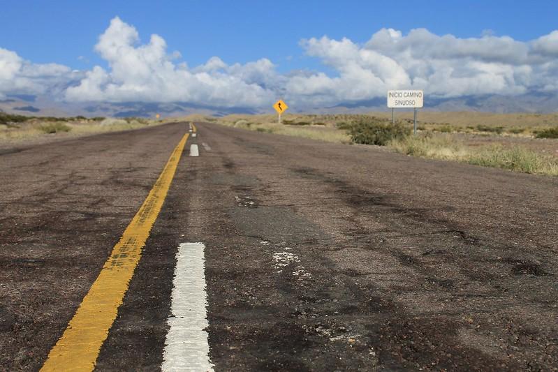 The tarmac en route to Paso Agua Negra
