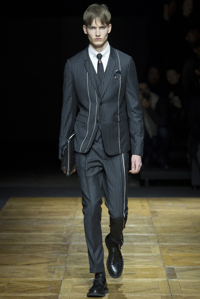 FW14 Paris Dior Homme005_Frederik Ruegger(VOGUE)