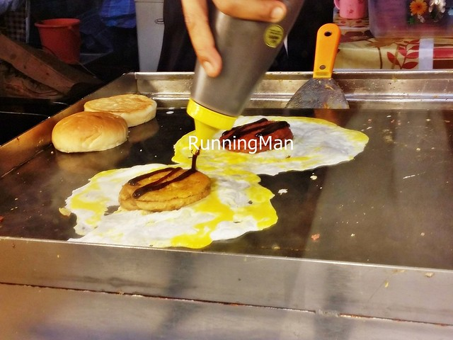 Pasar Malam Night Market 13 - Cooking Ramly Burger