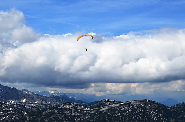 Paraglider, Krippenstein, Austria
