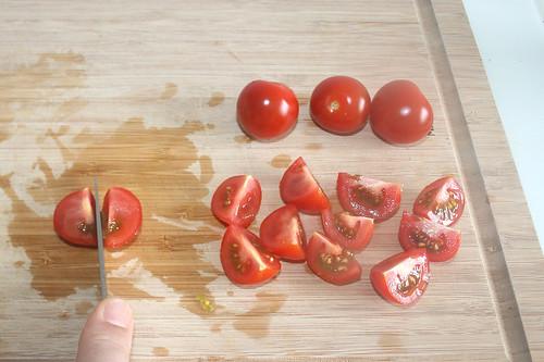 23 - Tomaten vierteln / Quarter tomatoes