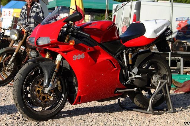 Je serais bien reparti avec cette Ducati 996 SPS sous le bras...