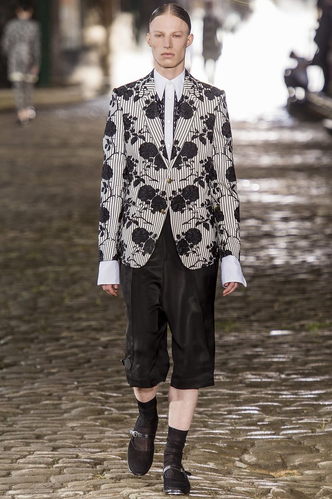 SS14 London Alexander McQueen017_Julian W @ TIAD(vogue.co.uk)