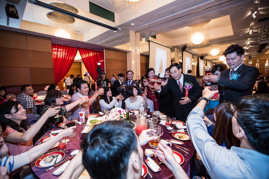 wedding0504-549.jpg