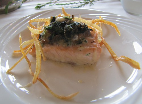 Salmon with sauteed mushroom and spinach