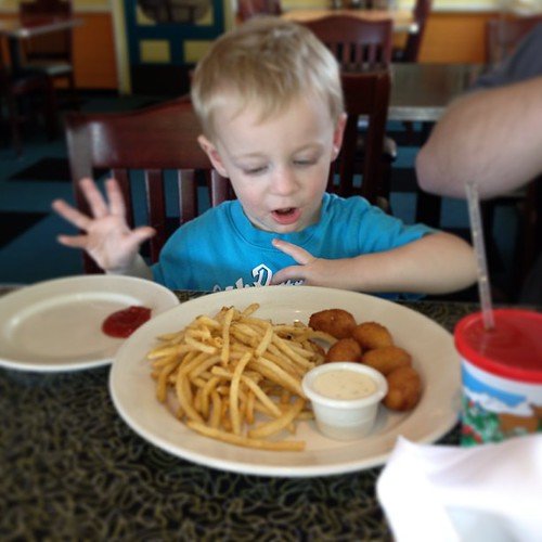 "Grayson said ""yum fries "" #ilovehim @kdbdallas"