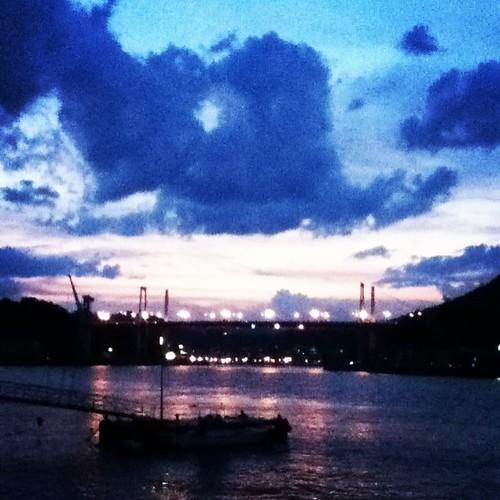 夕暮れの尾道大橋