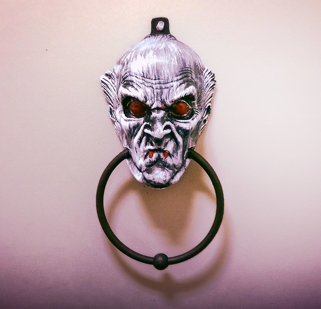 halloween door knocker  Flickr  Photo Sharing! ~ 003642_Halloween Door Knocker