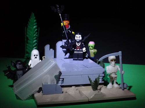 Monsters vs Zombies Graveyard
