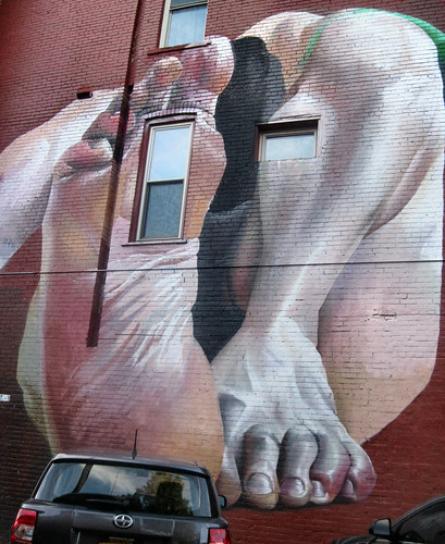 Rochester Wall Therapy Feet at Gregory and South Clinton