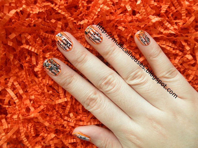 Halloween Nails Neon Orange Glitter Stripes 3