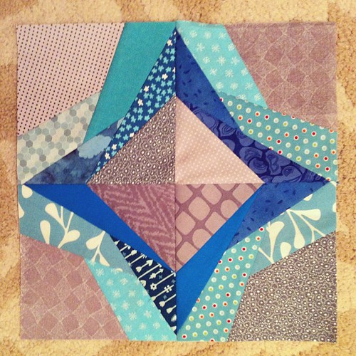 October #dogoodstitches #quilting