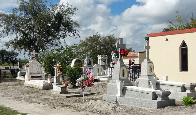 villa-union-cemetery