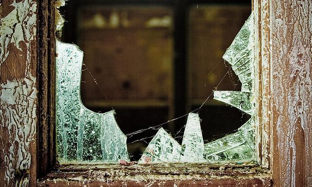 聰明的人絕對不會讓自己生活的環境被「破窗理論」影響