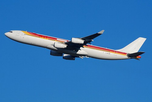 Philippine Airlines A340 (IBERIA hybrid color) by mtr6000