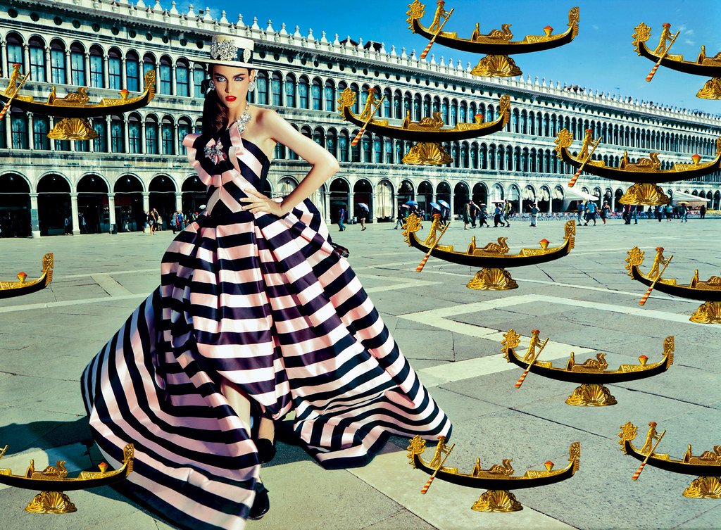 Zuzanna-Bijoch-by-Pierpaolo-Ferrari-for-Vogue-Japan-February-2014-(My-Fascination-with-Venice)-(1)