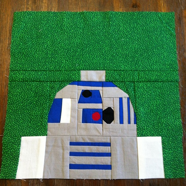Phew! That was hard work! #paperpieced #wombatstew #starwars #r2d2