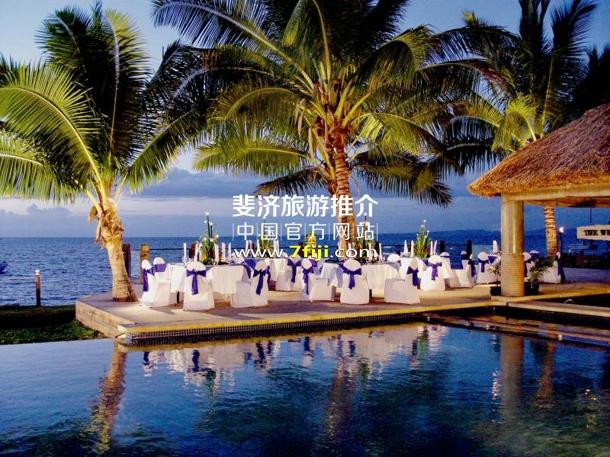 斐济丹娜拉岛喜来登别墅酒店(Sheraton Denarau Villas)池畔餐厅