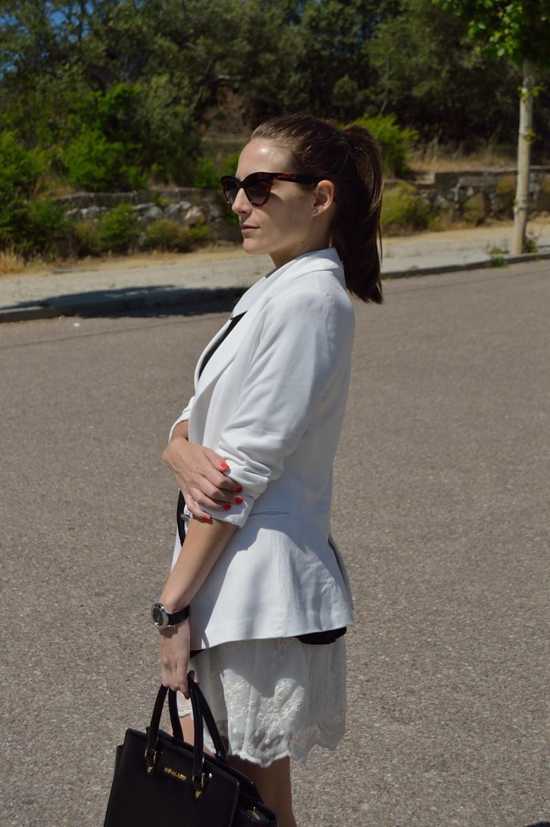 lara-vazquez-madlula-blog-style-fashion-trends-white-outfit