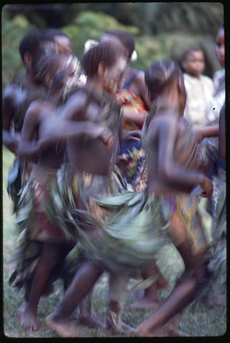 women dancing in Epulu