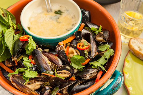 Steamed Mussels in Thai Basil Coconut Broth