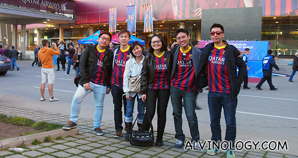 Group picture after the FC Barcelona v Real Betis match