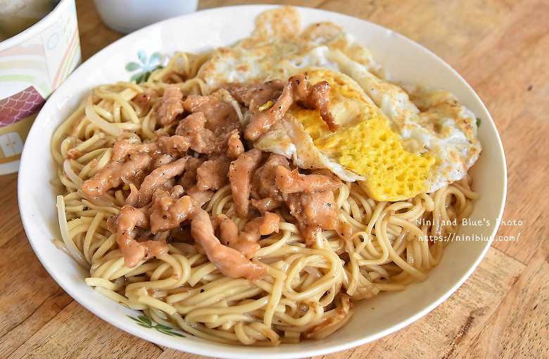 寧夏路炒麵早餐車09