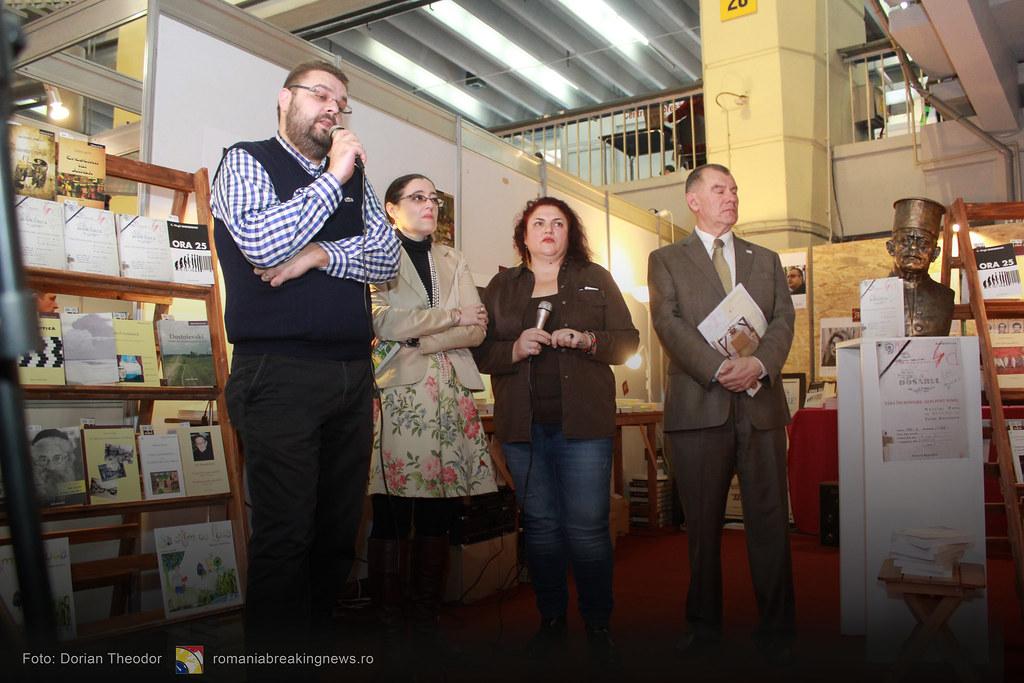 Lansare_de_Carte_FARA_INCHISOARE_AS_FI_FOST_NIMIC_Bucuresti_19-11-2016_romaniabreakingnews-ro (27)