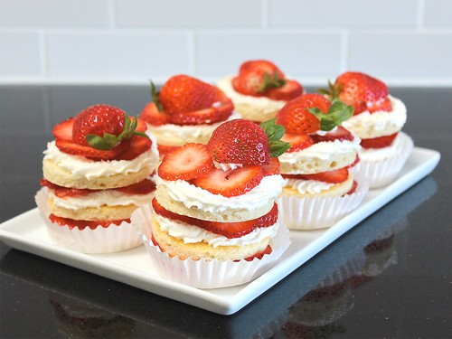 personal-size strawberry chiffon layer cakes (gluten-free)