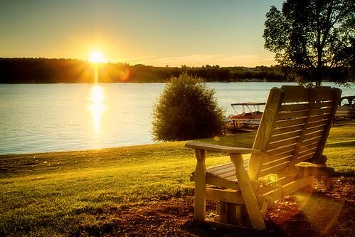 park sunset lake newyork nature water bench golden unitedstates silverlake lensflare perry hdr silverlakestatepark colorefexpro hdrefexpro
