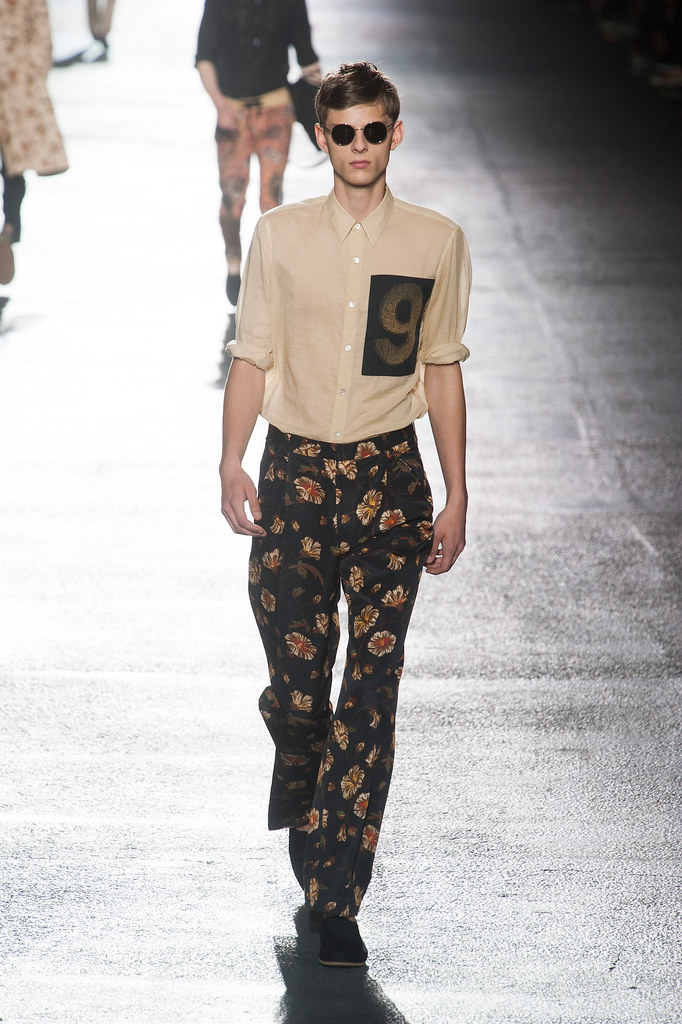 Elvis Jankus3123_SS14 Paris Dries Van Noten(fashionising.com)