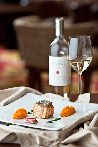 Salmon with carrot puree, ginger and spicy sauces